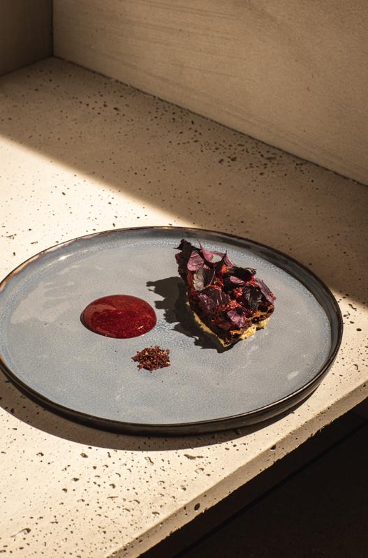 tabar Strawberrys, chocolate and cream
